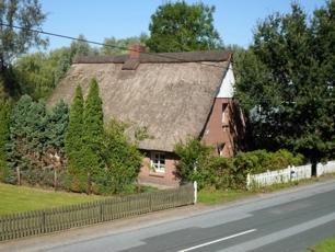 Kernsaniertes Reetdachhaus