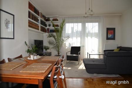 Wohnzimmer- Essbereich