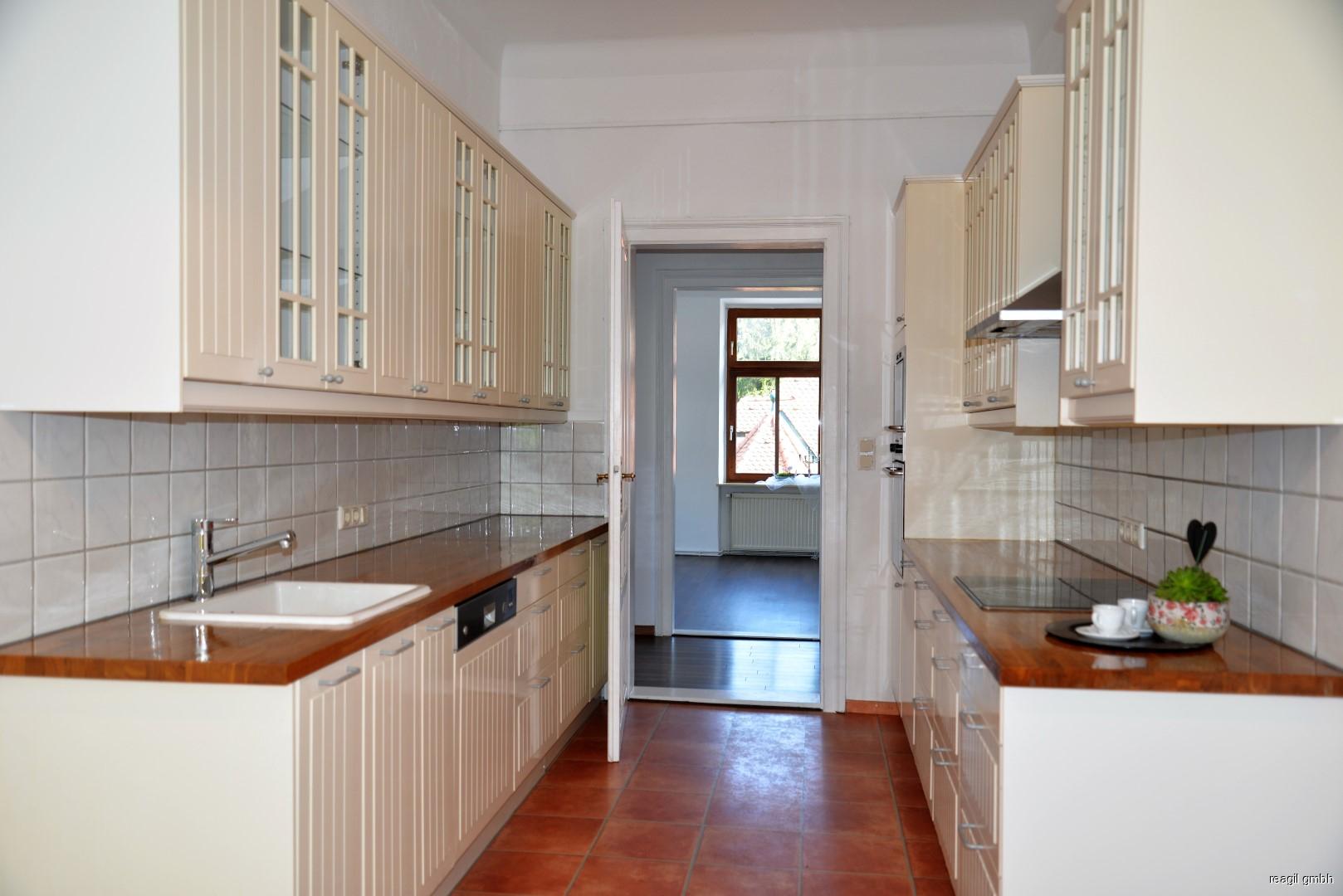 Küche zu Vorraum