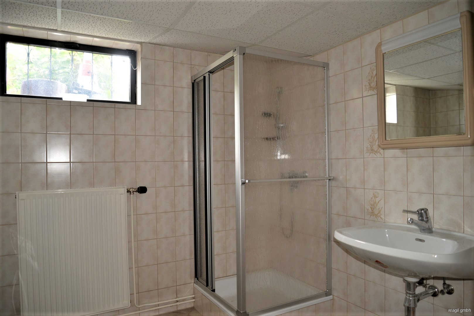Badezimmer KG
