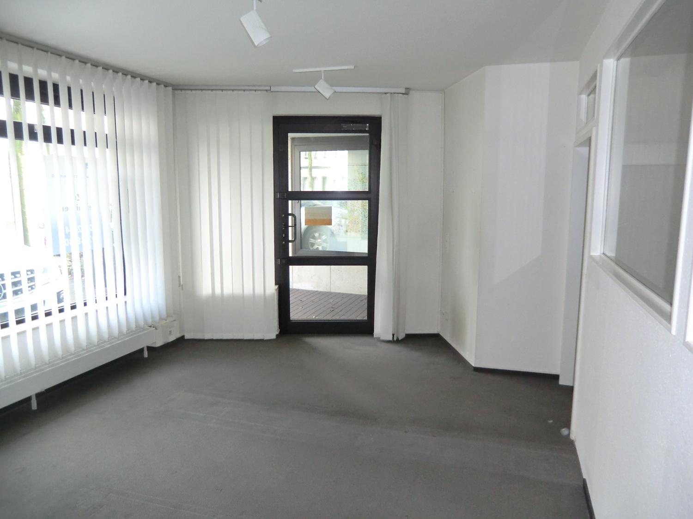 Büro EG