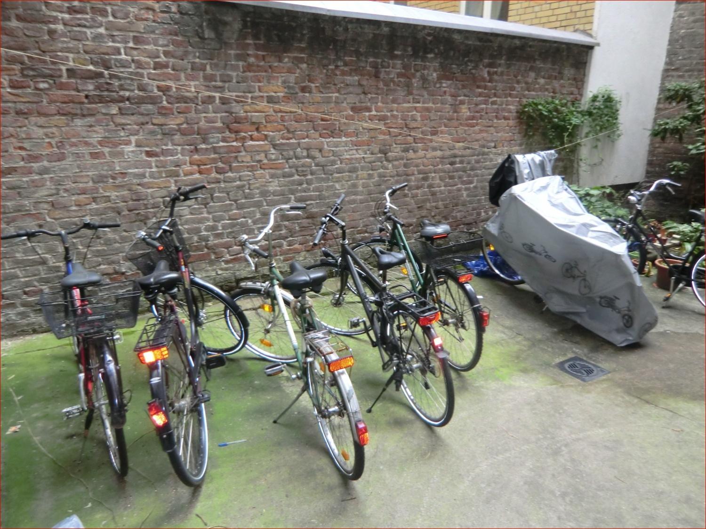 Fahrradabstellmöglichkeit im Innenhof