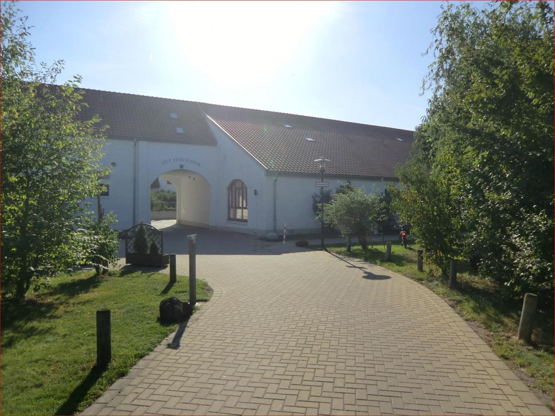 Zufahrt zur Hofanlage