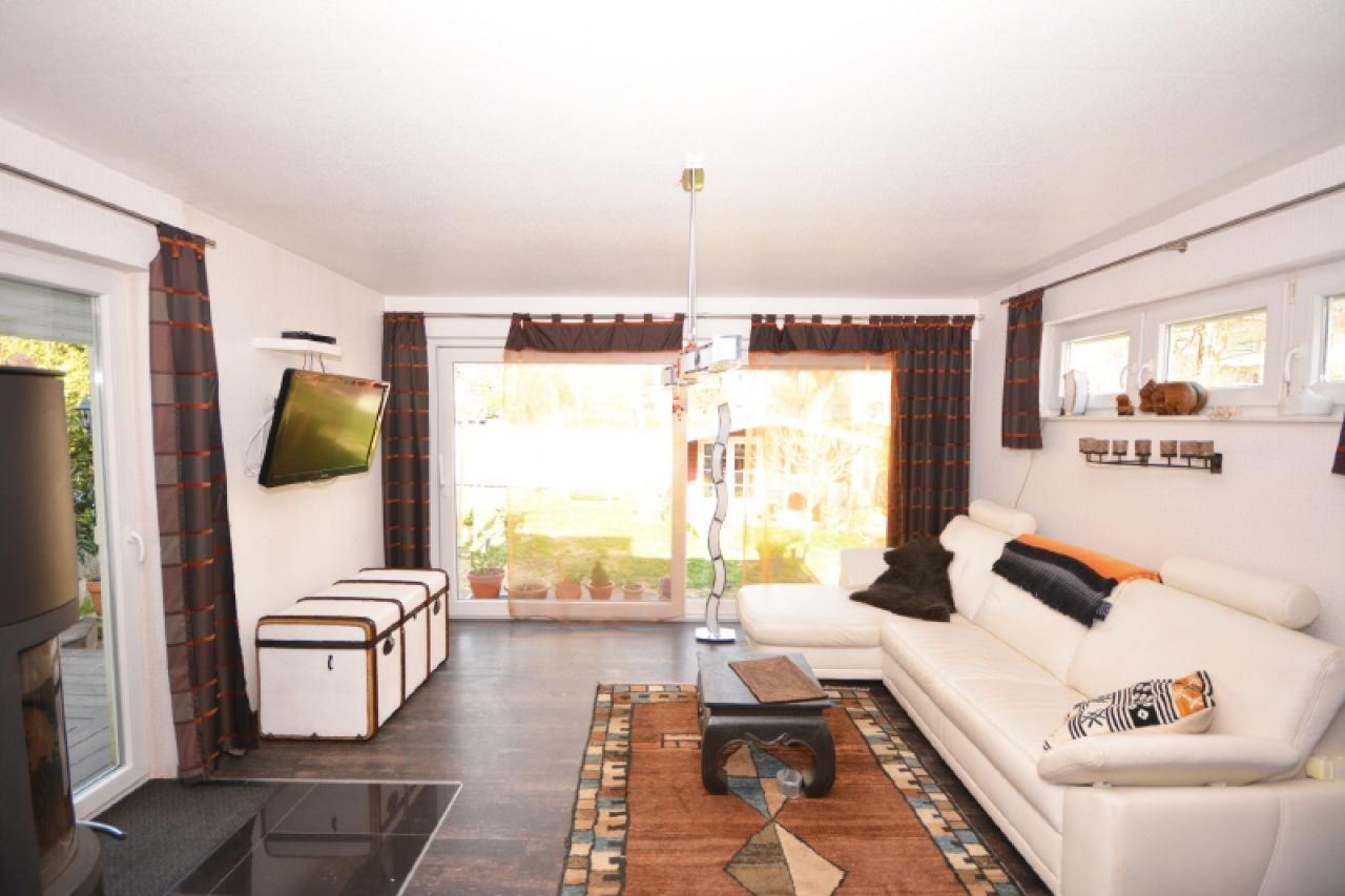 Wohnzimmer-EG-Wohnung