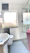 WC : Dusche 1.OG