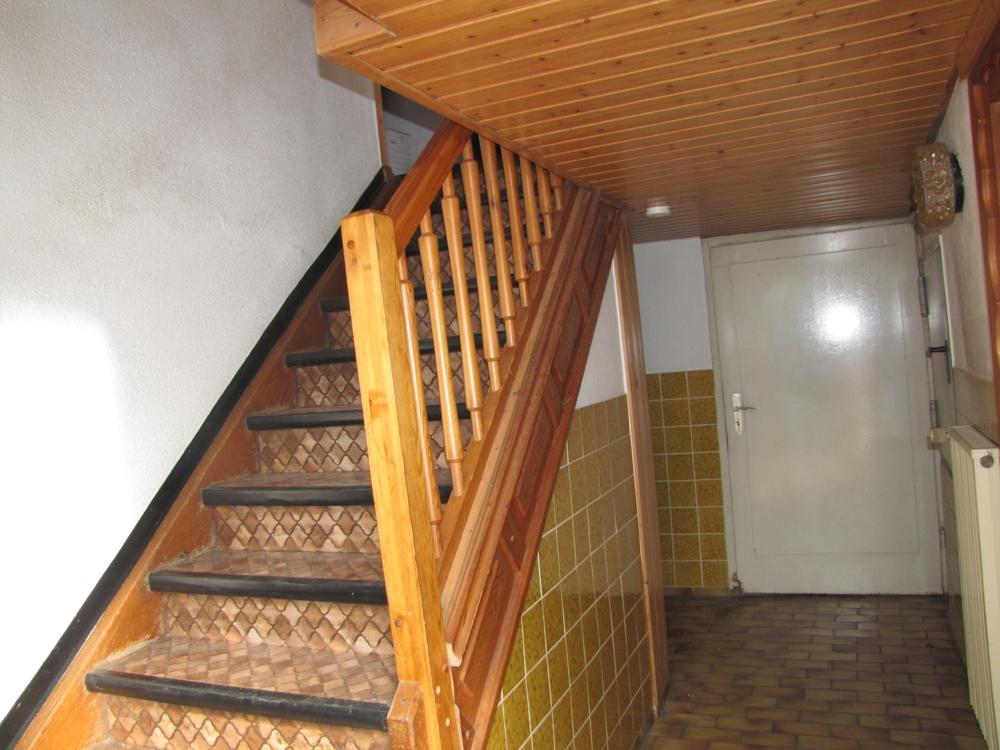 Der Eingang mit Treppe