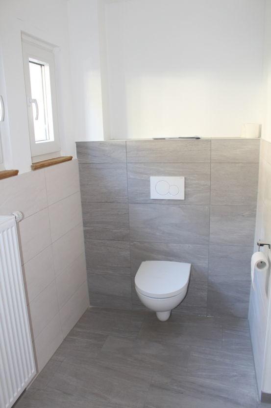EG Badezimmer mit Dusche.png