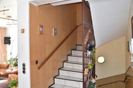 Treppe zum 1.OG