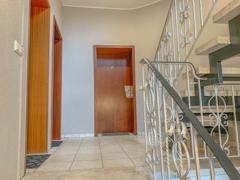 NEU zum Verkauf in Bochum - Riemke - Eigentumswohnung - Hausflur - Reuter Immobilien – Immobilienmakler