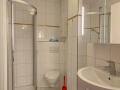 NEU zur Vermietung in Bochum Westenfeld - Bad - Reuter Immobilien – Immobilienmakler