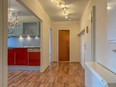 NEU zur Vermietung in Bochum Westenfeld - Diele - Reuter Immobilien – Immobilienmakler