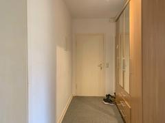 NEU zur Vermietung in Bochum Ehrenfeld - Diele - Reuter Immobilien – Immobilienmakler