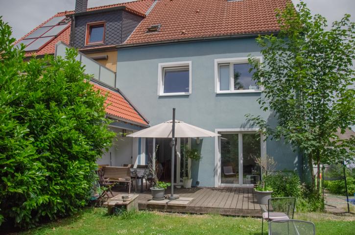 NEU zur Vermietung in Bochum Wiemelhausen - Außenansicht hinten - Reuter Immobilien – Immobilienmakler