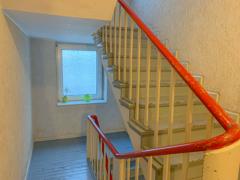 NEU zur Vermietung in Bochum Hamme - Hausfur - Reuter Immobilien – Immobilienmakler