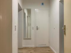 NEU zur Vermietung in Bochum Ehrenfeld - Flur - Reuter Immobilien – Immobilienmakler (2)
