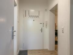 NEU zur Vermietung in Bochum Ehrenfeld - Flur - Reuter Immobilien – Immobilienmakler