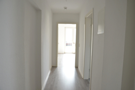 NEU zur Vermietung in Bochum Oberdahlhausen - Flur - Reuter Immobilien – Immobilienmakler (2)