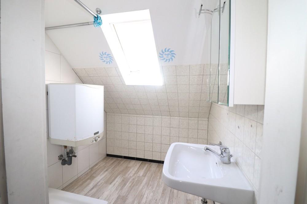 Badezimmer_Dachgeschoss