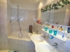 Badezimmer weitere Ansicht