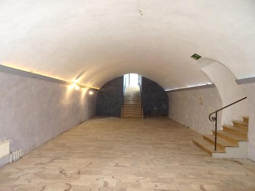 Gewölbe mit Eingang