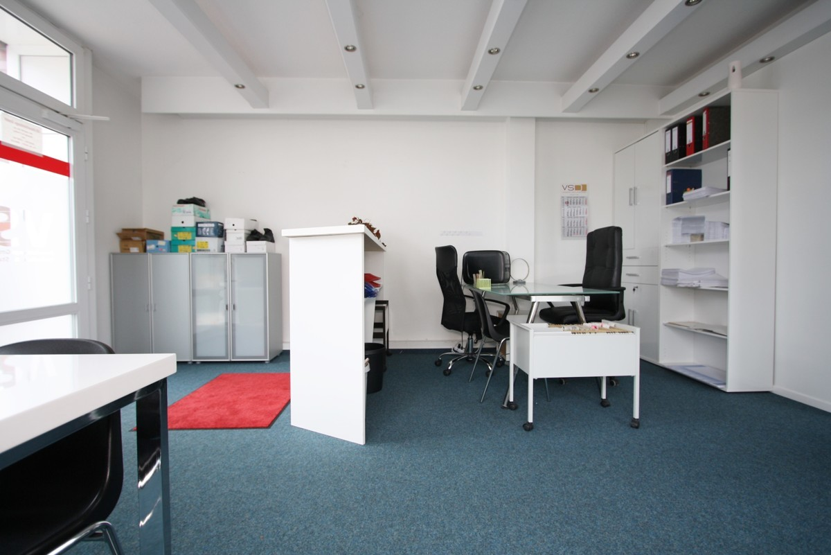 Vorderes Büro