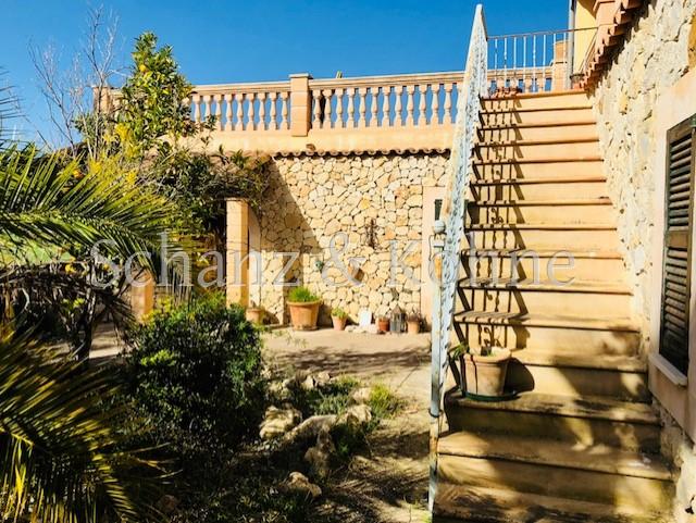 Treppe zur Terrasse