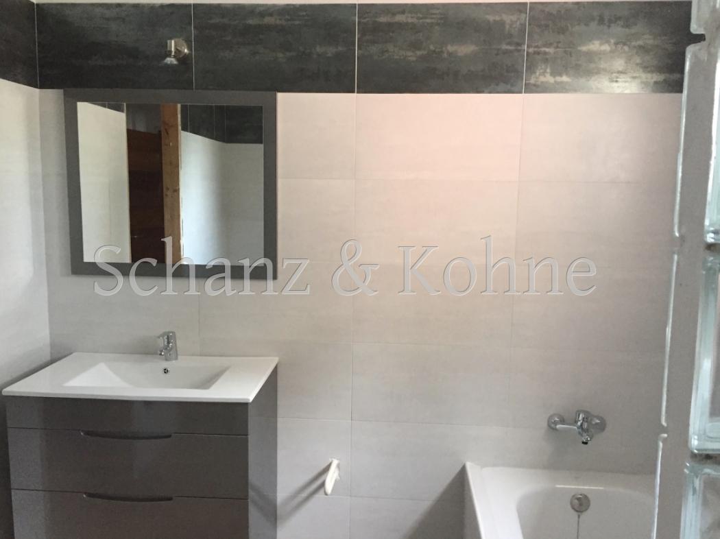 Badezimmer 2.2