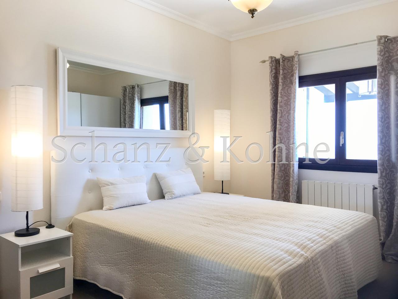 Schlafzimmer EG 1.2