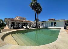 Terrasse & Pool 1