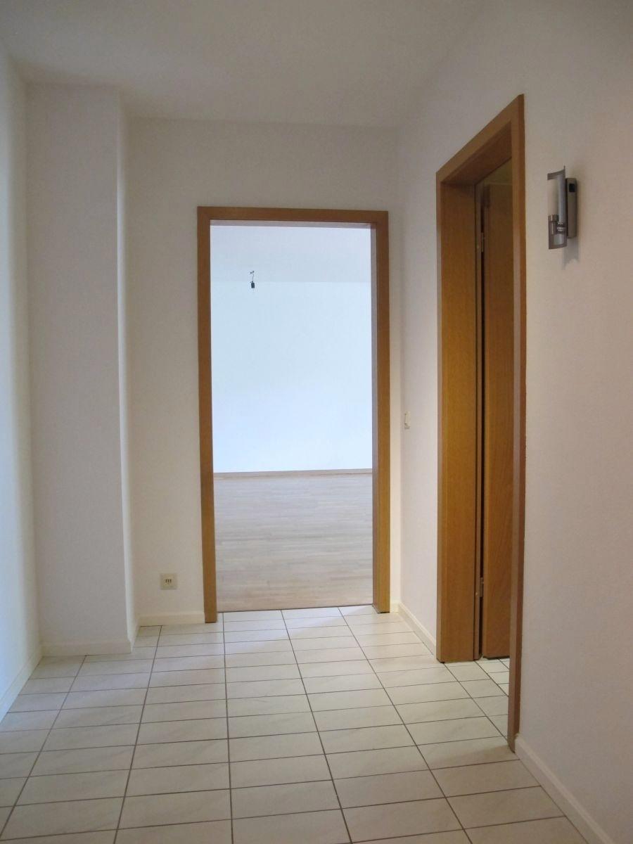 Diele _ Blick zum Wohnzimmer