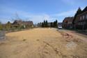 Grundstück von der Straße aus gesehen
