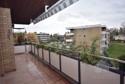 großer Süd-Balkon mit neuer Markise