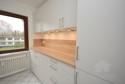 neue Einbauküche mit reichlich Schrankplatz