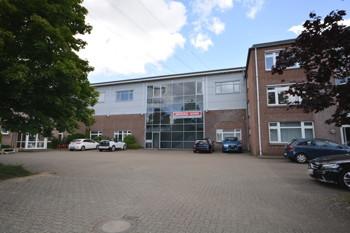 Großzügige Bürofläche in Norderstedt zu vermieten!