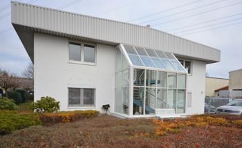 Modernes Bürohaus