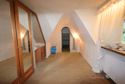 Zimmer 1 mit gemütlichen Dachschrägen