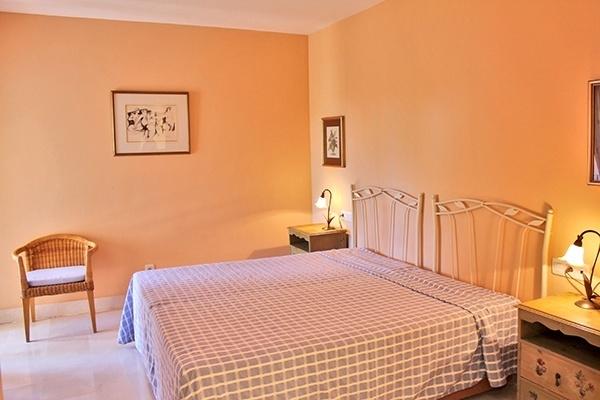 7 Schlafzimmer II