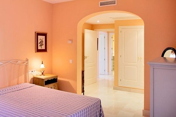 6 Schlafzimmer II