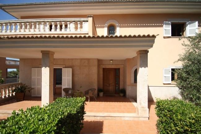 Eingang Villa