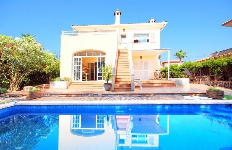 Haus mit Pool kaufen