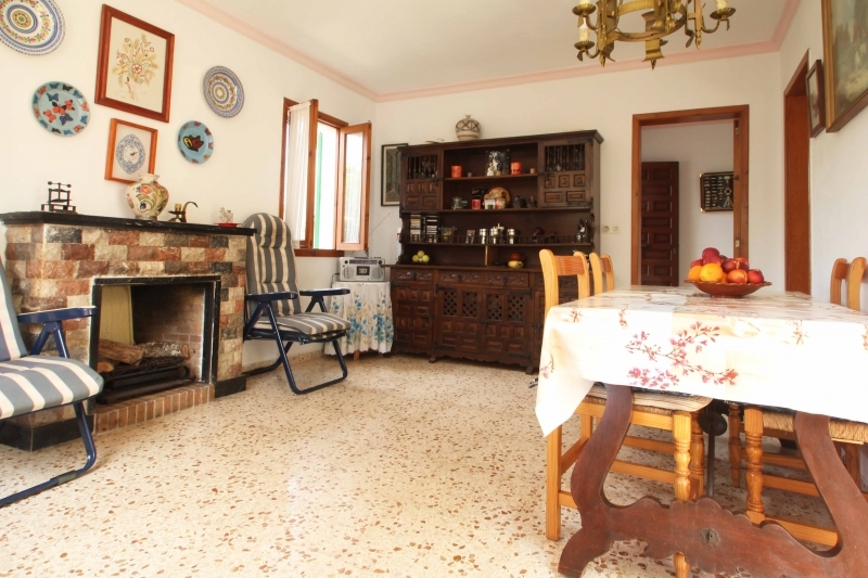 Immobilie oberhalb Port Adriano