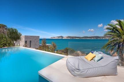 Comprar villa con vistas al mar