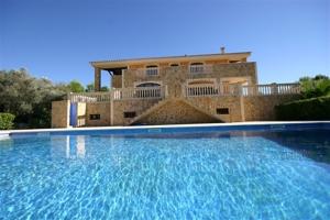 Mediterrane Finca auf sensationellen Anwesen