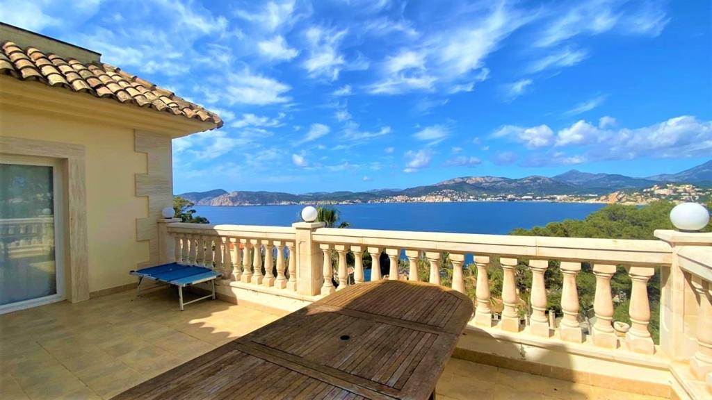 zu verkaufen Meerblick Villa