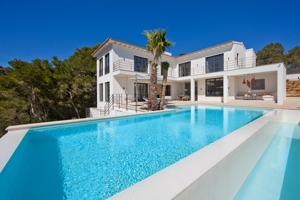 New Luxury Villa for sale