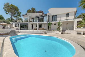 Modern sea view Villa in Nova Santa Ponsa