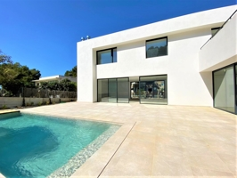 Modern new built villa in Nova Santa Ponsa