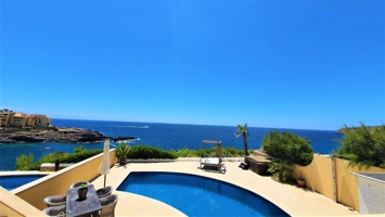 1st line luxury house in residential complex with dream sea view