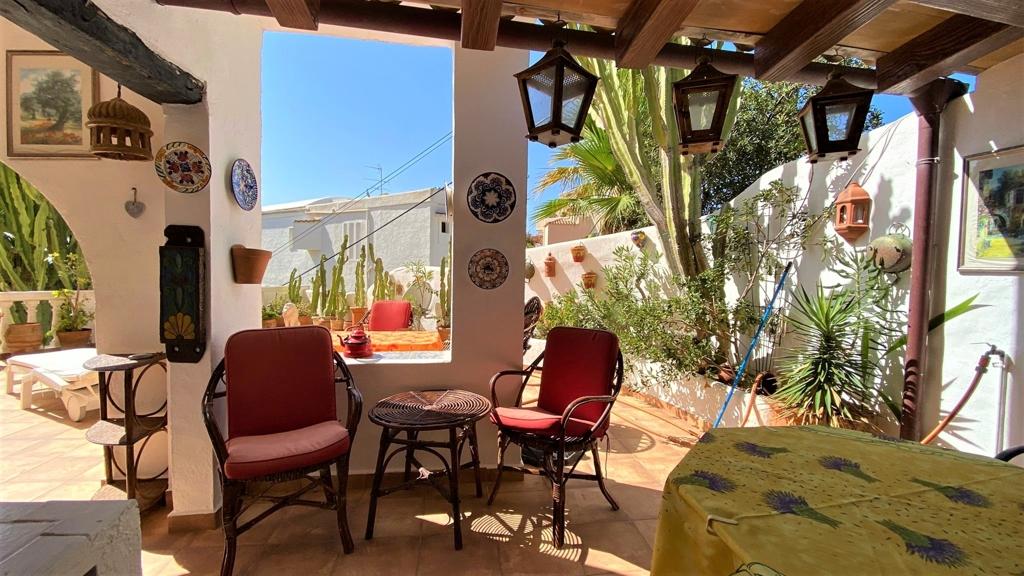 grosse Terrasse in Cala Fornells