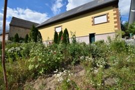 rückwärtige Scheunenansicht und Garten